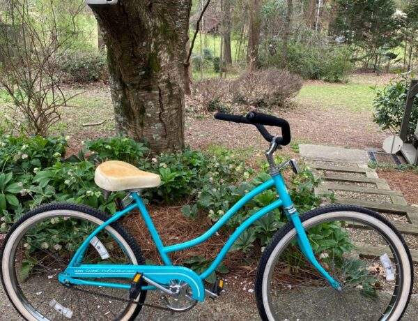 blue vintage huffy bicycle outside