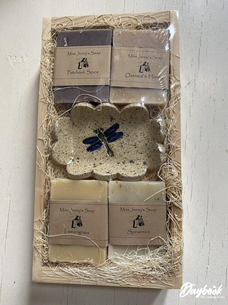 giftset of soap and soapdish